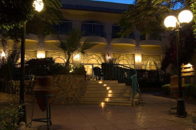 Landscape Lighting for Hotels in FL